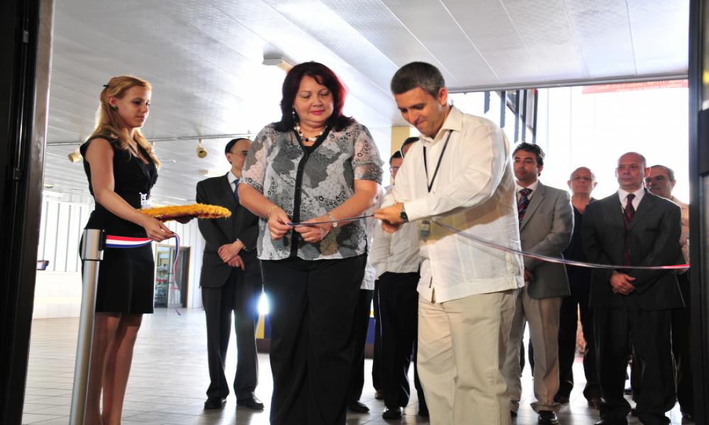 2013 Current Vice Prime Minister of Cuba, then Vice Minister of Mincom inaugurating the Fair with the then President of the Chamber of Commerce of Cuba