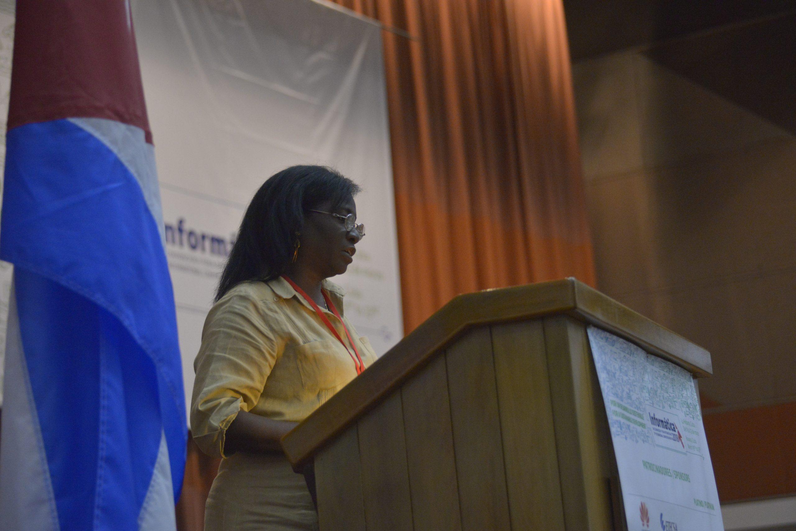 2018 María Esther Allfonso, vicepresidenta primera de la Unión de Informáticos de Cuba